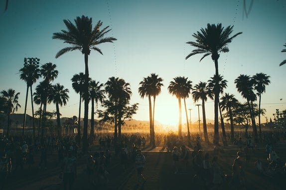 Coachella_Atmosphere__G0006676_klein.jpg